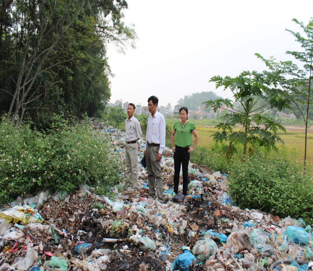 Lãnh đạo UBND xã Lưu kiếm tới chứng kiến & giám sát hoạt động